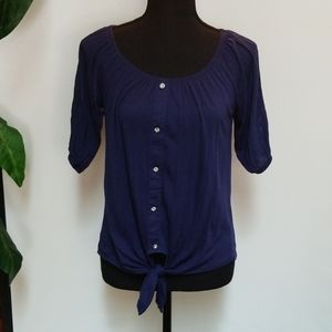 Navy blue top by French Laundry. Sz Sm.
